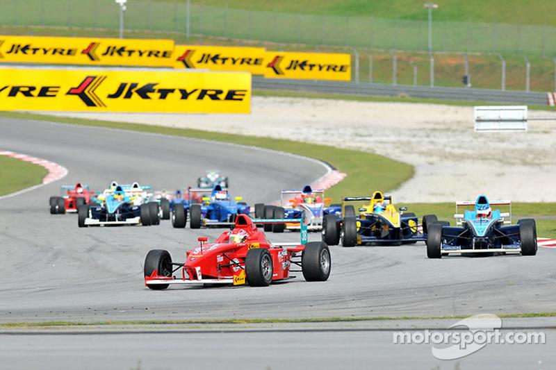 JK Racing Asia Series race action