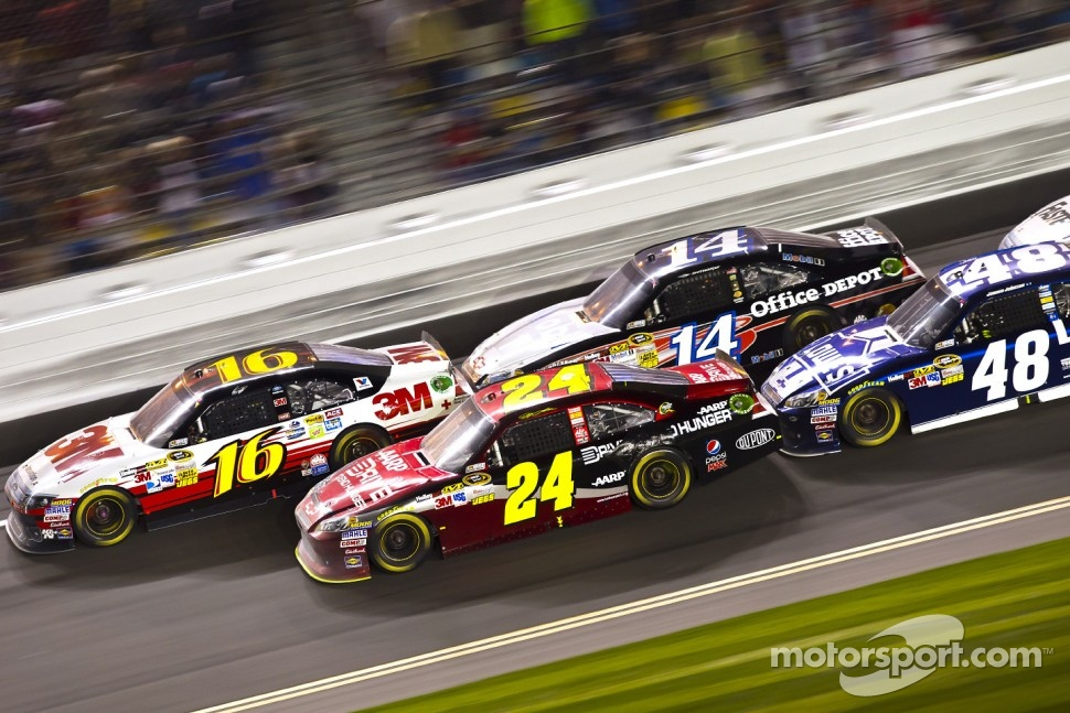 Greg Biffle, Roush Fenway Racing Ford, Jeff Gordon, Hendrick Motorsports Chevrolet, Tony Stewart, Stewart-Haas Racing Chevrolet, Jimmie Johnson, Hendrick Motorsports Chevrolet
