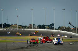 Danica Patrick, Stewart-Haas Racing Chevrolet crashes on the last lap