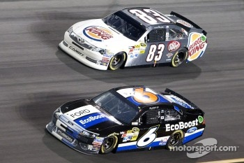 Ricky Stenhouse Jr., Roush Fenway Racing Ford and Landon Cassill, BK Racing Toyota