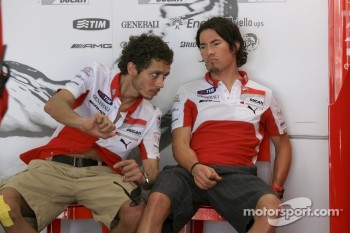 Valentino Rossi and Nicky Hayden, Ducati Marlboro Team