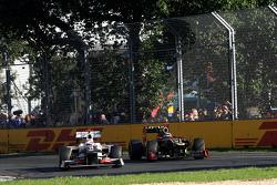 Sergio Perez, Sauber F1 Team and Kimi Raikkonen, Lotus F1 Team