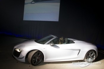Cyndie Allemann drives the new Audi R8 GT Spyder on stage