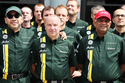 Din Kamarudin, Caterham F1 Shareholder; Mike Gascoyne, Caterham Group Chief Technical Office and Tony Fernandes, Caterham Team Principal at a Caterham F1 Team Photograph