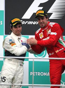 Sergio Perez, Sauber F1 Team and Fernando Alonso, Scuderia Ferrari