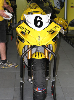 6 - Denis Bouan - Yamaha R1 - Dark Dog Academy