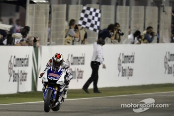 Jorge Lorenzo, Yamaha Factory Racing take the checkered flag