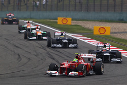 Felipe Massa, Ferrari leads Pastor Maldonado, Williams