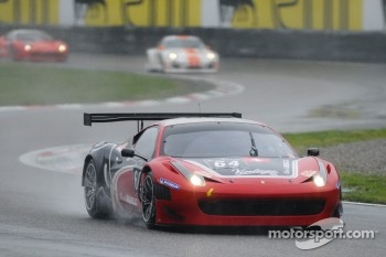 #64 Black Bull Swiss Racing Ferrari 458 Italia: Tommaso Maino, Andrea Invernizzi, Mirko Venturi