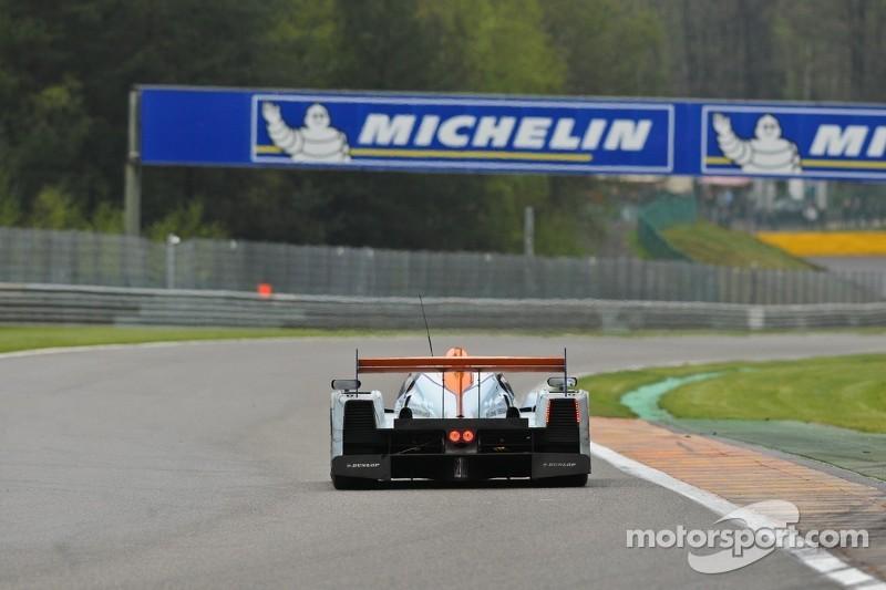 #29 Gulf Racing Middle East Lola B12/80 Nissan: Keiko Ihara, Jean-Denis Deletraz