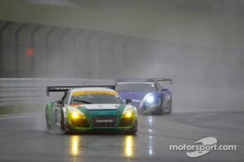 #20 Hitotsuyama Racing Audi R8 LMS: Frank Yu, Hideki Noda, Kenji Kobayashi