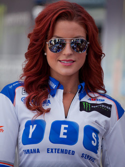 Yamaha Extended Service Grid Girl