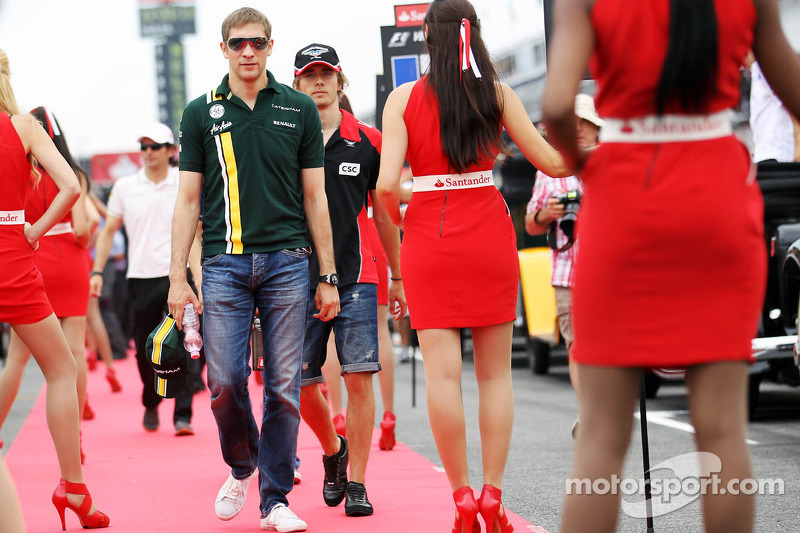 Vitaly Petrov, Caterham on the drivers parade