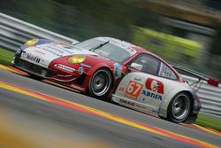 #67 IMSA Performance Matmut Porsche 997 GT3 RSR: Nicolas Armindo, Raymond Narac, Anthony Pons