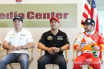 Rubens Barrichello, Tony Kanaan, E.J. Viso, KV Racing Technology