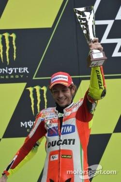 Podium: second place Valentino Rossi, Ducati Marlboro Team
