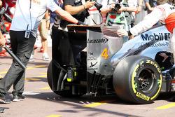 Lewis Hamilton, McLaren rear wing
