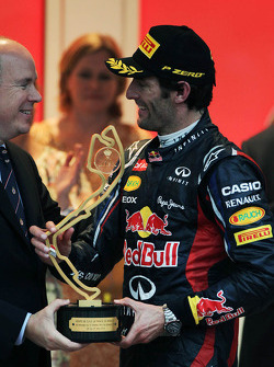 Race winner Mark Webber, Red Bull Racing on the podium with HSH Prince Albert of Monaco