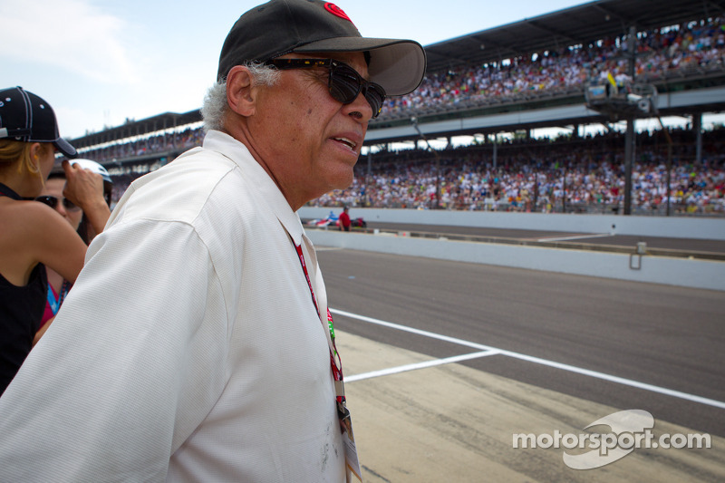Don Prudhomme watches the end of the race