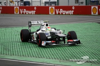 Sergio Perez, Sauber F1 Team runs wide at the final chicane