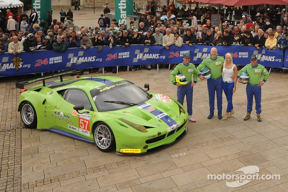 #57 Krohn Racing Ferrari 458 Italia: Tracy Krohn, Nic Jonsson, Michele Rugolo