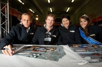 Autograph session: Jens Petersen, Bastien Brière and Shinji Nakano