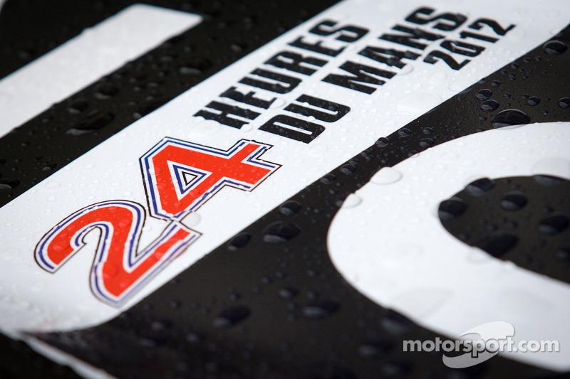 Rain drops on #0 Highcroft Racing Delta Wing Nissan