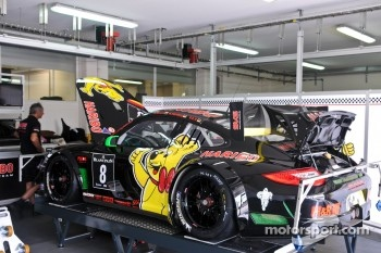 #8 Haribo Racing Team Porsche 997 GT3 R: Christian Menzel, Mike Stursberg, Hans Guido Riegel