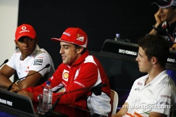Lewis Hamilton, McLaren Mercedes Mercedes; Fernando Alonso, Ferrari and Paul di Resta, Sahara Force India F1 in the FIA Press Conference