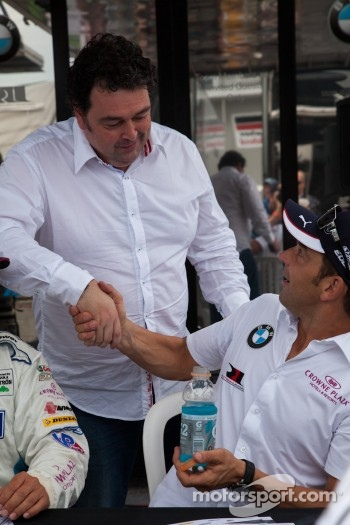 John Hindhaugh surprising Jorg Mller at the autograph session
