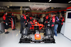 Rio Haryanto, Marussia F1 Team Test Driver in the pits