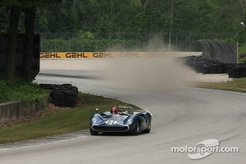 #91 1966 Lola T70 MkII: David Jacobs