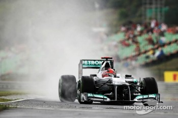 Michael Schumacher, Mercedes AMG F1 in the wet