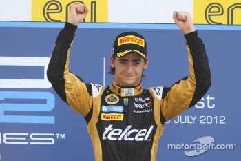 Podium: race winner Esteban Gutierrez