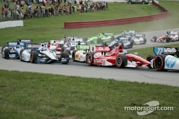 It was no holds barred at Mid-Ohio yesterday