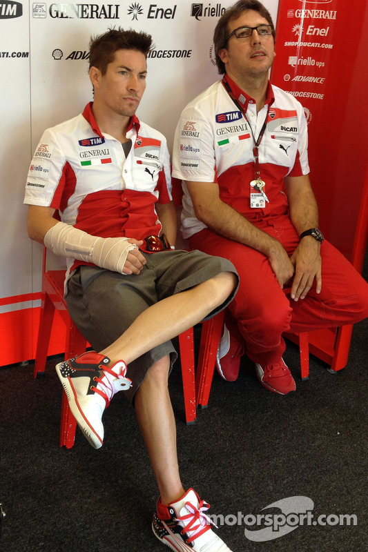 Injured Nicky Hayden, Ducati Marlboro Team
