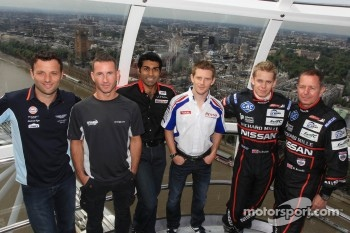 Darren Turner, Danny Watts, Karun Chandhok, Anthony Davidson, Alex Brundle and Martin Brundle