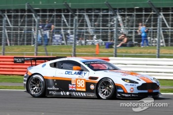 #98 Aston Martin RacingAston Martin Vantage V8: Roald Goethe, Stuart Hall