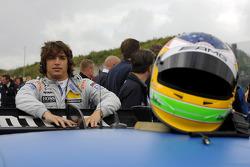 Roberto Merhi, Persson Motorsport, grid
