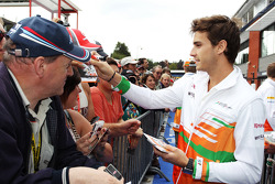 Jules Bianchi, Sahara Force India F1 Team VJM05 Third Driver signs autographs for the fans