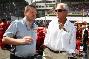 Paul Hembery, Pirelli Motorsport Director with Marco Tronchetti, Pirelli Chairman on the grid