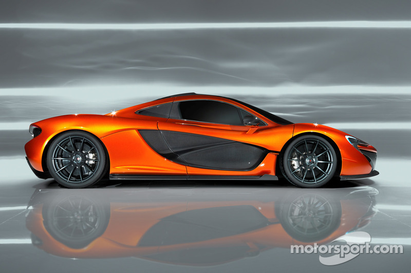 The McLaren P1 studio shoot