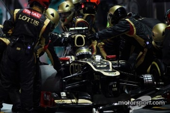 Romain Grosjean, Lotus F1 makes a pit stop