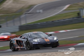 #88 Von Ryan Racing McLaren MP4-12C GT3: Jordan Klaus Grogor, Leon Price, Rob Barff