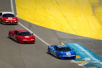Start: #31 Ferrari of Ontario 458CS: Damon Ockey leads #68 Ferrari of San Francisco 458CS: Mike Hedlund