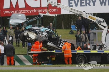 Crash aftermath #18 BMW Team Vita4one BMW Z4 GT3: Michael Bartels, Yelmer Buurman