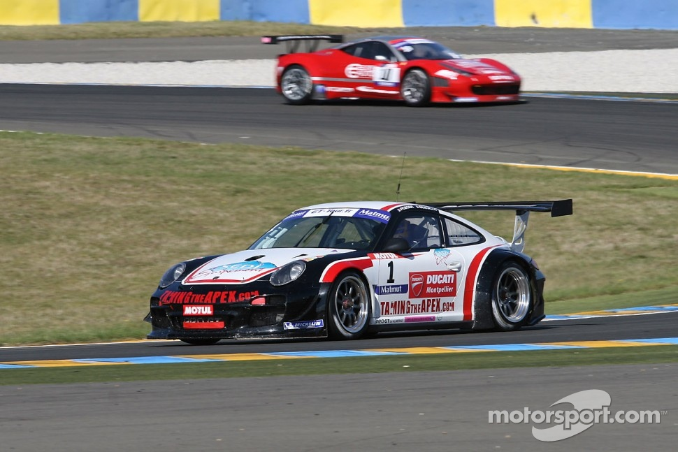 #1 ProGT by Almeras Porsche 911 GT3 R: Laurent Pasquali; Franck Perrera