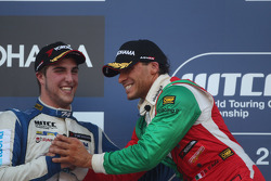 Stefano D'Aste, BMW 320 TC, Wiechers-Sport, Pepe Oriola, SEAT Leon WTCC, Tuenti Racing Team