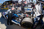#16 Dyson Racing Team Lola B12/60 Mazda: Chris Dyson, Guy Smith, Steven Kane in the pits with problems