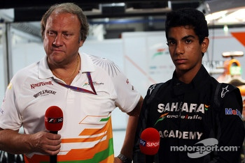 Bob Fernley, Sahara Force India F1 Team Deputy Team Principal with Jehan Daruvala, One From A Billion Academy Driver